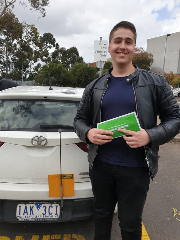 Hassan passed his driving test 1st go at Broadmeadows vicroads with only 2 x 60min driving lesson